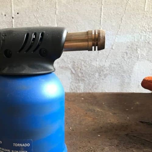 Brazing torch to join metals